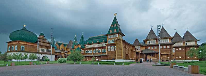 dvorec_mihaila_moskov_pan4