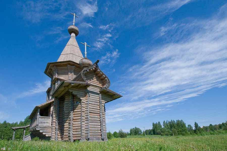 церковь у истока Днепра