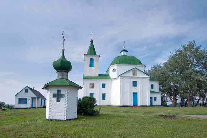 Шандра. Церковь Архангела Михаила
