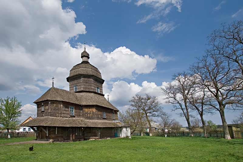 Троицкая церковь в Драбовцах