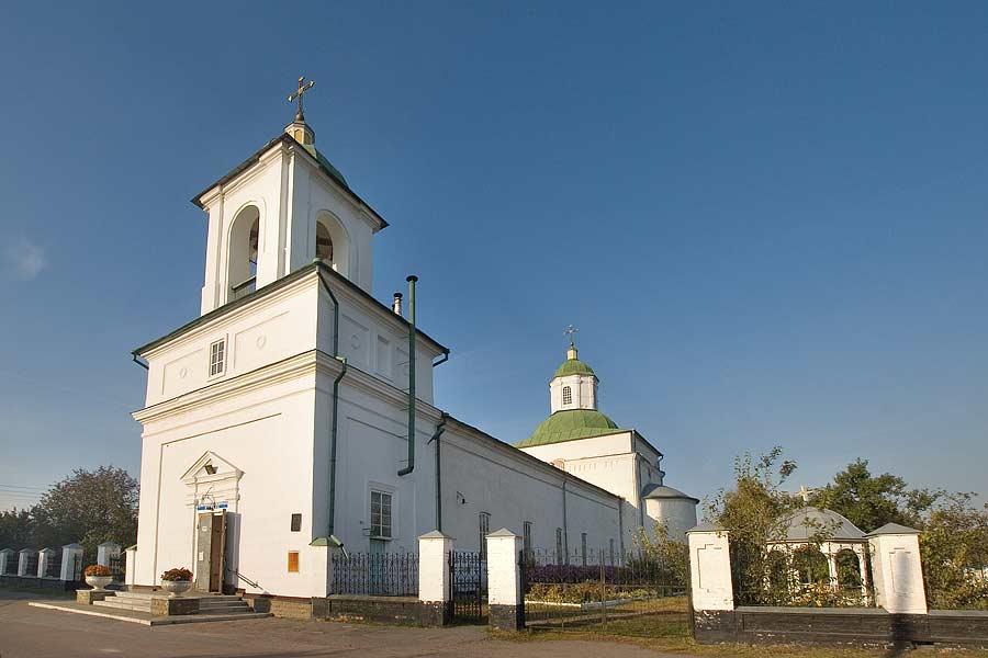 Нежин. Церковь Воздвижения