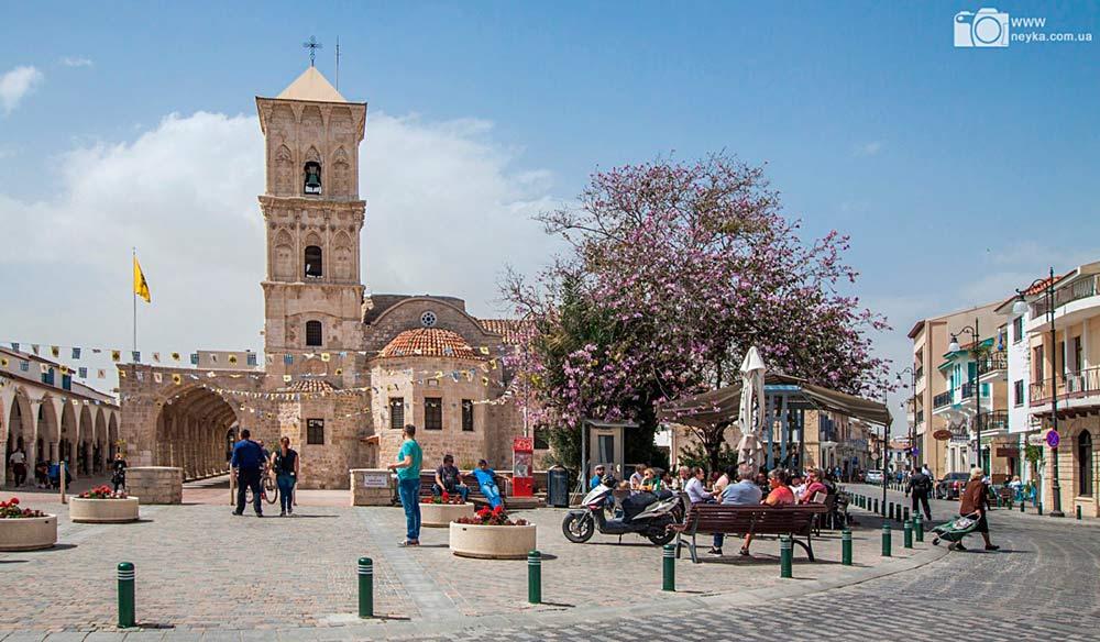 Кипр церковь в Ларнаке