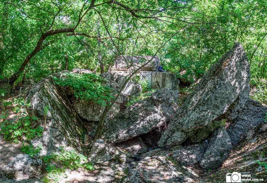 339 ДОТ КиУр руины возле Чайки